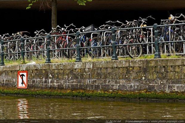 Vélos à Amsterdam, Pays-Bas. DR