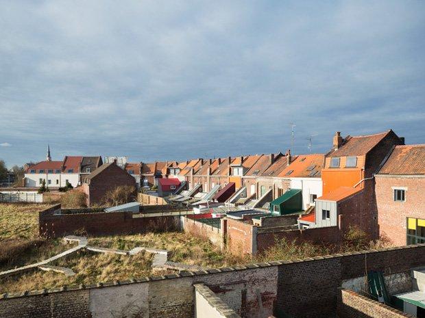 Construction et rénovation de 30 maisons en accession et location sociale à Tourcoing. Copyright : Cyrille Weiner