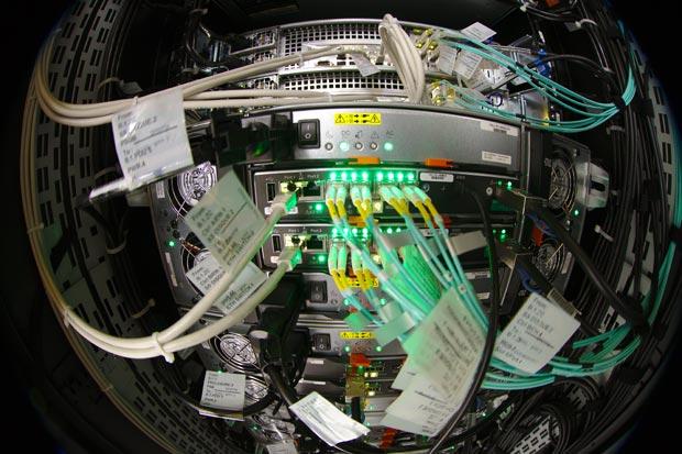 Dennis van Zuijlekom - Airflow.  Source : https://www.flickr.com/photos/dvanzuijlekom/8522009353