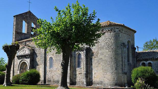 Église Saint-Amand - Saumos ; Crédits : Bernard Blanc / Flickr