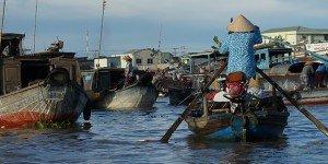 Marché flottant - Mékong ; Crédits : Clément Pairot