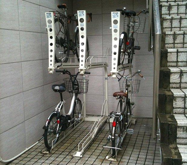 Mini-parking vélo - Japon : Crédits : Margot Baldassi
