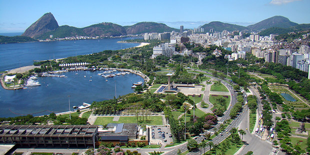Marina Da Gloria - Rio de Janeiro ; Copyright : Rodrigo Solon / Wikimedia
