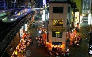 Yurakucho shinkansen - Tokyo ; Copyright : Tokyo Times / FlickR