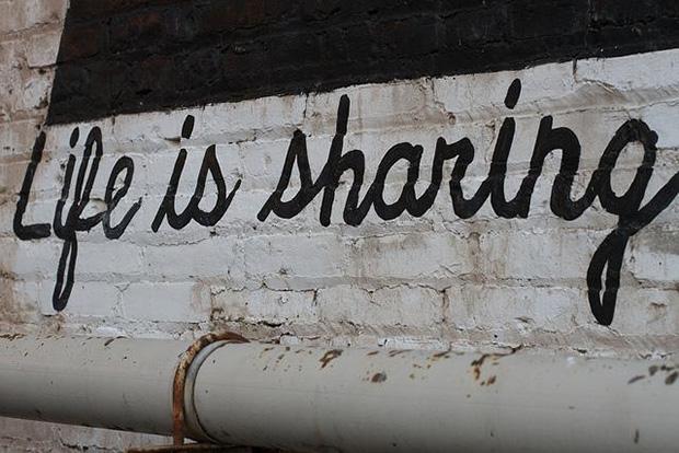 Life is Sharing. Crédits : Alan Levine