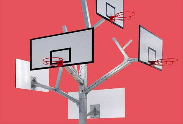 L'arbre à basket, installé dans l'espace public à l'occasion du Voyage à Nantes 2012 et réalisé par l'agence d'architectes-urbanistes A/LTA Image issue du paper n°1 de Lille-design