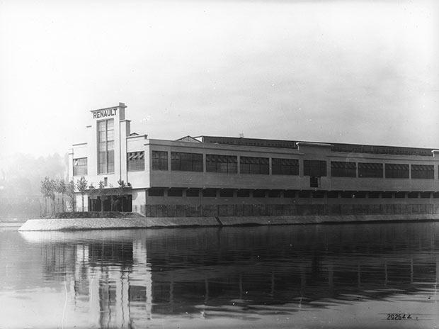 Les-usines-Renault--ile-Seguin-eau-biodiversite