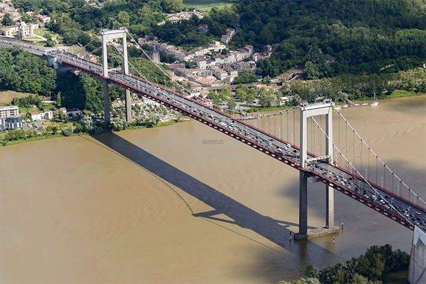 Le pont d'Aquitaine sur la rocade de Bordeaux