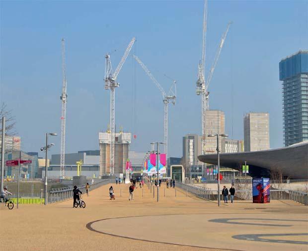 A Londres, la reconversion du site olympique en pôle économique se poursuit.
