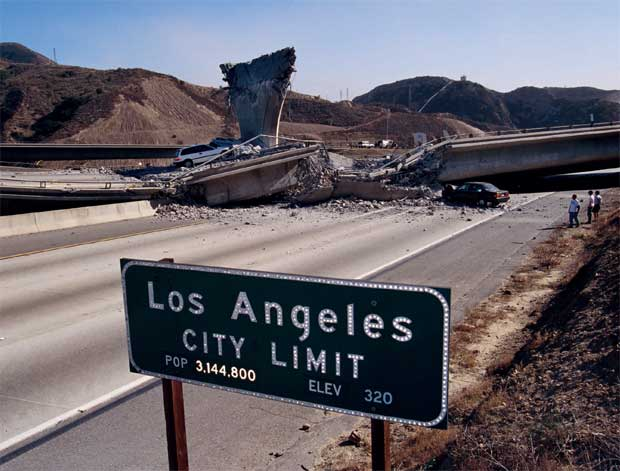 A Los Angeles, un programme invite les habitants à partager leurs idées pour rendre la ville plus sûre face aux tremblements de terre.