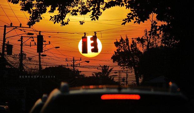feu de signalisation dans la ville