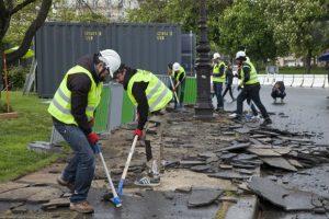 Demolition party place de la Nation à Paris. Crédit photo : Ana Bloom