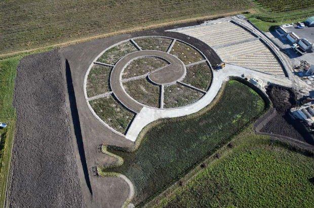 Station d'épuration en forme descargot à Segonzac