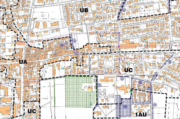 """Sur les cartes des PLU, les zones marquées """"AU"""" sont constructibles car proches d'une zone """"U"""", ou """"urbaine""""."""