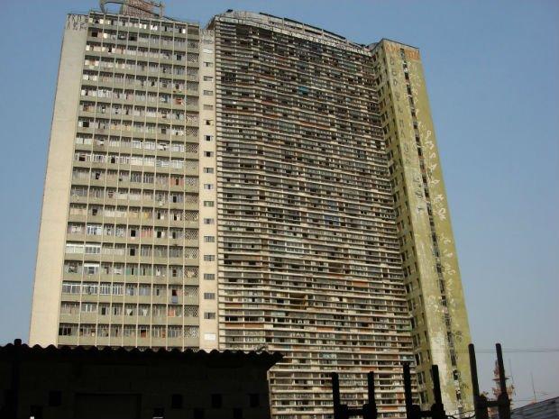 L'edificio São Vito, couvert de pichação