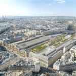Sur le toit, un lieu de détente et de sport offrant une vue imprenable sur Paris