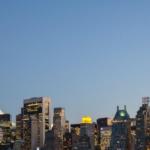 Les nouvelles tours 432 Park Avenue (gauche) et One57 (droite) à New York