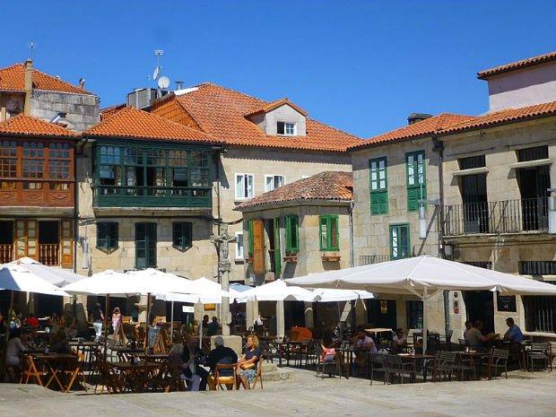 Place de la Leña dans le centre de Pontevedra