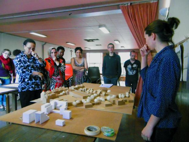Présentation de la maquette aux futurs habitants du projet Lumière du Nord à Anvers