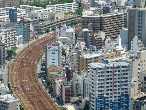 """""""Densité à l'approche de la gare d'Osaka"""""""