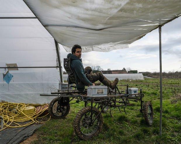 L'aggrozouk est un vélo-tracteur sans essence construit par Florent