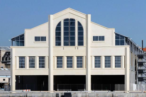 La façade de la halle J1 héritière d'une architecture singulière