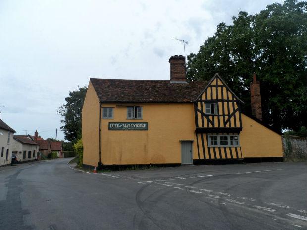 La bâtisse et l'activité du Duke of Marlborough date du XV ème siècle