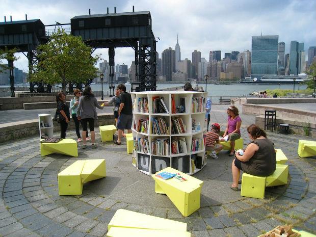 Bibliothèques mobiles installées dans l'espace public, The Uni Project, New York