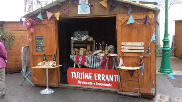 Un stand de Tartine Errante, Boulangerie Ambulante.