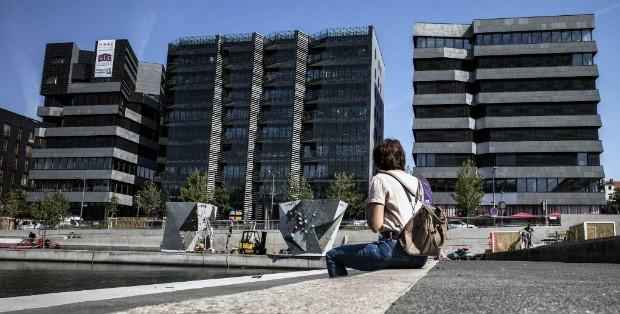 Hiraki, dans le quartier de la Confluence, 3 bâtiments qui produisent plus d'énergie qu'ils n'en consomment