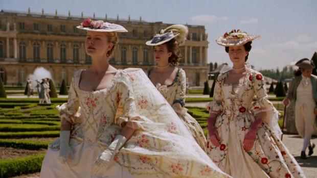 Nous n'avons pas les mêmes valeurs, dans Marie-Antoinette (2006)