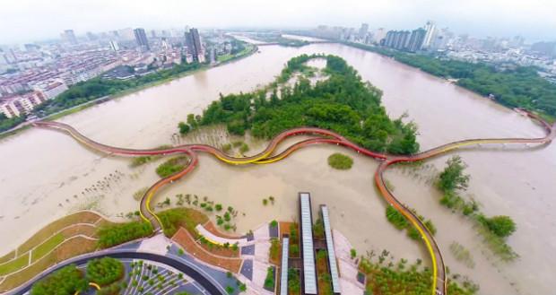Ville eponge - Le parc Yanweizhou à Jinhua en Chine accueille les fortes pluies - Turenscape