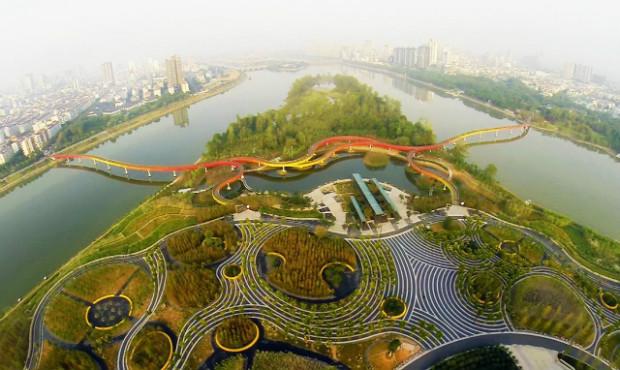 Ville eponge - Le parc Yanweizhou à Jinhua en Chine quand l'eau se retire - Turenscape