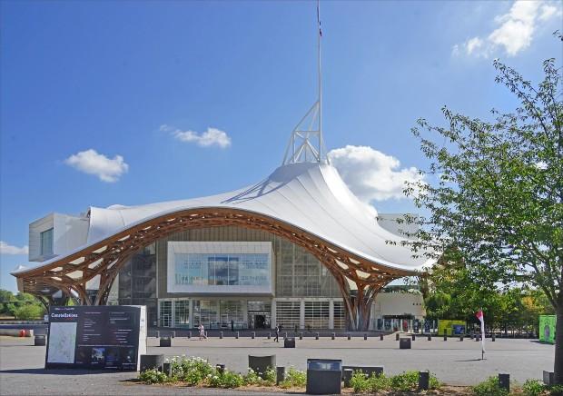 Le centre Georges Pompidou de de Metz a été dessiné par l'architecte Kengo Kuma ©️ Jean-Pierre Dalbéra sur Flickr