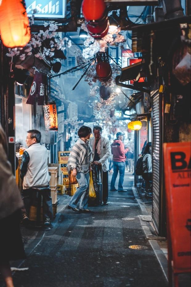 À Tokyo, les rues sont immaculées de déchets ©️bantersnaps sur Unsplash
