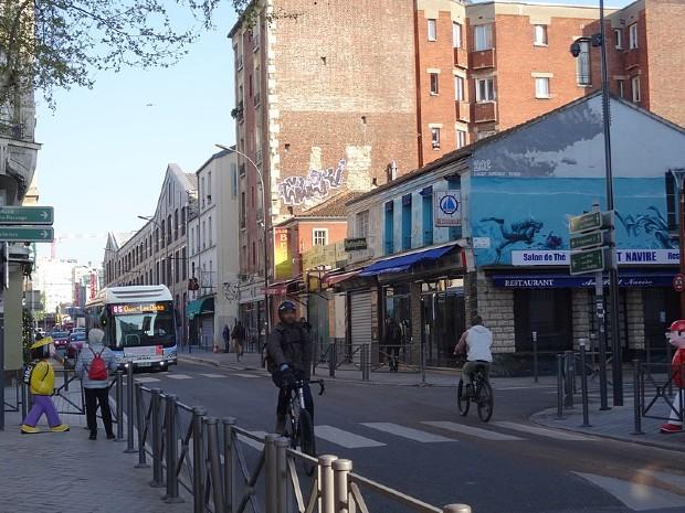 La rue des rosiers Saint-Ouen ©️Lektz sur Wikimédia