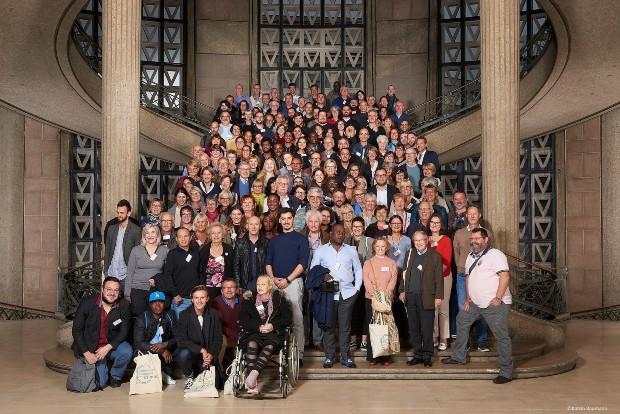 Photo de famille de la convention citoyenne pour le climat - Facebook