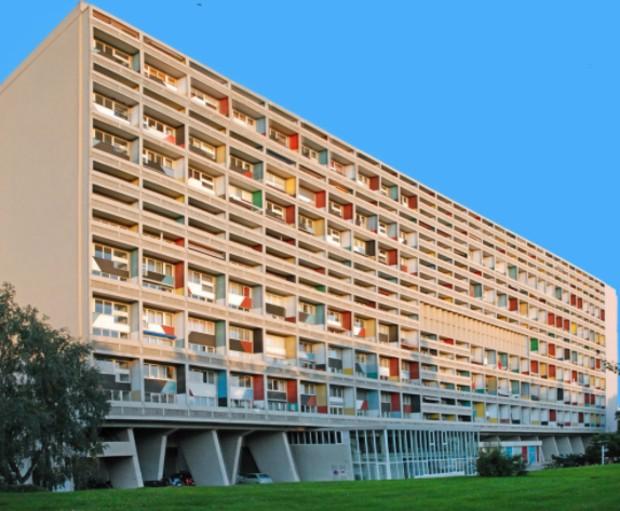 La cité radieuse de Marseille - Le Corbusier ©️ Flickr via Ecosia