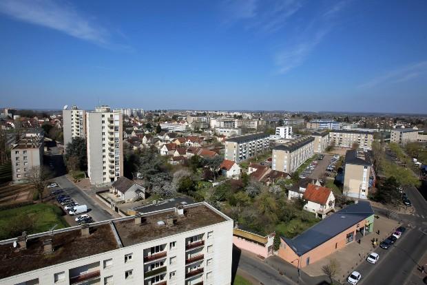 Le quartier actuel du Banlay à Nevers, un exemple de quartier politique de la ville via flickr