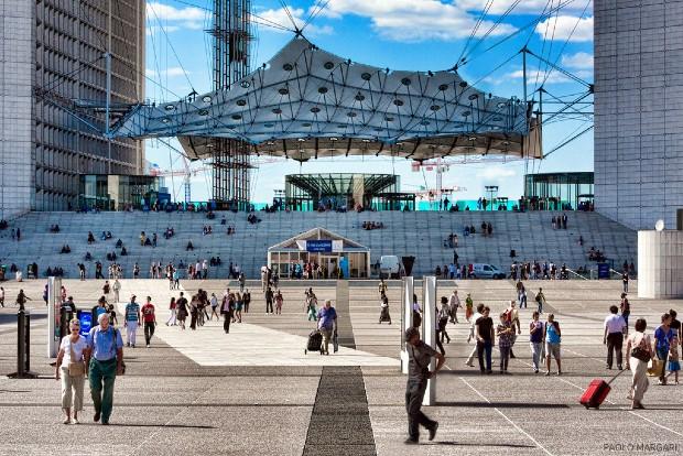 L'esplanade aujourd'hui : un espace public où circuler et où se poser. Source : Paolo Margari via Flickr