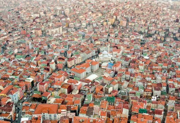 Tissu bâti d'Istanbul ©️Luke Michael via Unsplash