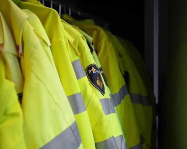 Les agents mobilisés se rendent visibles au-delà de leur uniforme en pratiquant le quartier. ©Maxim Hopman via Unsplash