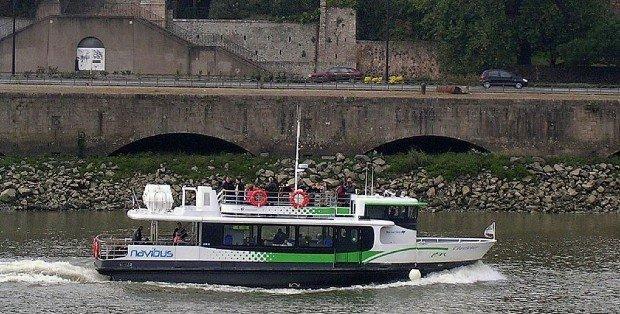 À Nantes, le Navibus permet le transport d'environ 750 000 passagers par an - photo : Jibi44 sur Wikipedia