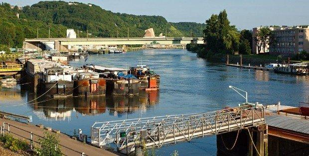 Les villes doivent-elles miser davantage sur le transport fluvial ?