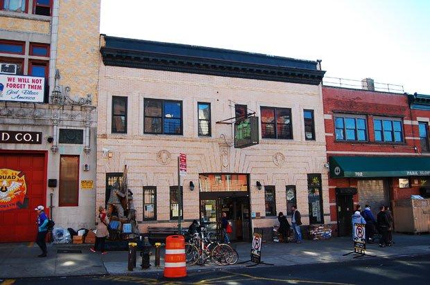Ouverte en 1973, la coopérative de Park Slope, à Brooklyn, a directement inspiré le projet de supermarché collaboratif de la Louve. Copyright : Eric Allix Rogers / Flickr