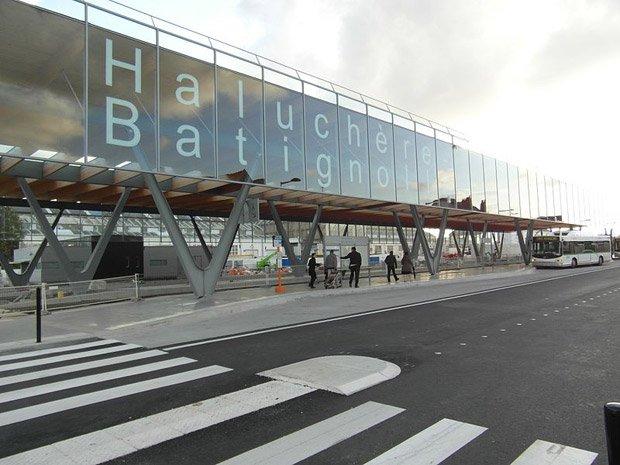 Comment repenser les espaces intermodaux pour en faire des lieux de vie ? Ici la gare de Haluchère-Batignolles à Nantes. ©IngolfBLN