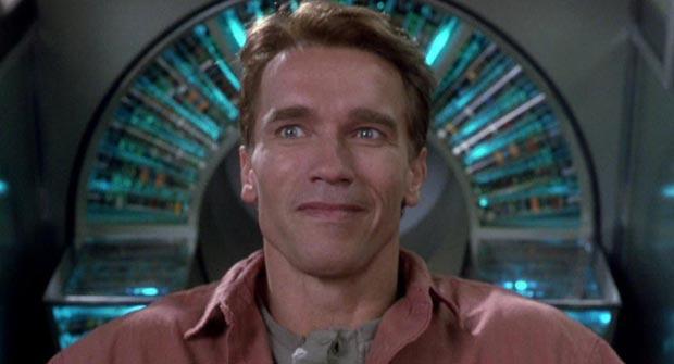 Arnold Schwarzenegger dans le film de Science-Fiction Total Recall (1990) - Dans le film, la société Recall implante des souvenirs factices mais aussi puissants que dans la réalité.