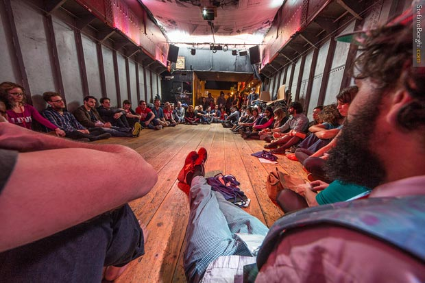 L'un des nombreux ateliers participatifs organisés durant le Ouisharefest 2014. Crédit photo : Stefano Borghi