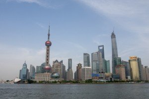 Pudong-à-Shanghai-le-quartier-daffaire-de-Shanghai-construit-en-une-trentaine-dannées_620