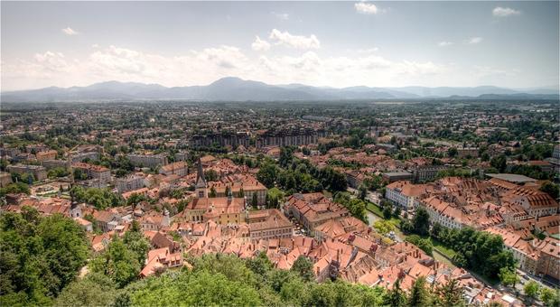 Vue panoramique de Ljubljana (Slovénie), la nouvelle « capitale green » de l'Union européenne. Copyright : Willi_Hybrid / Flickr